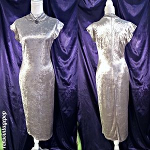 Vntg Silver Crush Velvet Wiggle Dress